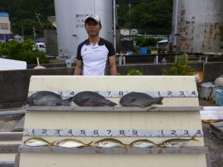 7月3日 堺 石橋氏 グレ 40? 3匹 中アジ  5匹 (センカイ奥) (1024x768)