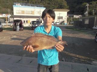 10月12日 大阪 北田氏 イギス 30,45? (ホテル前) (1024x764)