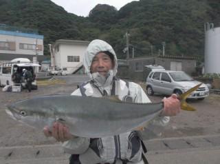 11月17日 奈良  新田氏 ブリ 90? タイ、メッキ (センカイ中) (1024x764)