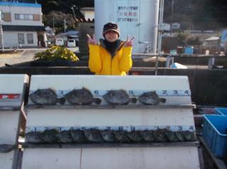 12月27日 大阪 神林さん カワハギ 15‐33? 17匹 (須江)