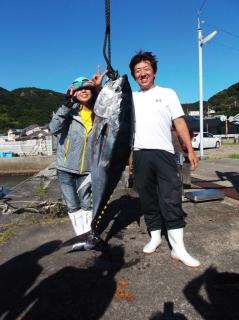 9月14日 大阪 トモさん マグロ 55,5? (須江) (8)