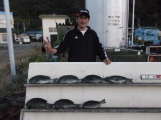 10月28日 大阪 川西氏 グレ 35‐45㎝ 7匹 (センカイ奥)
