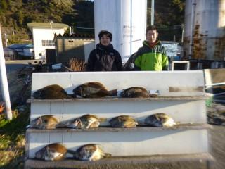 1月26日 神戸 フィッシング マックスさん ヒラメ 40-50? 3匹 マトウダイ 40-50? 6匹 (センカイ奥)ようやく、ヒラメ、マトウダイが釣れ始めました。